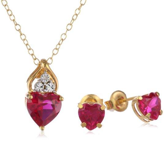 v-day necklace